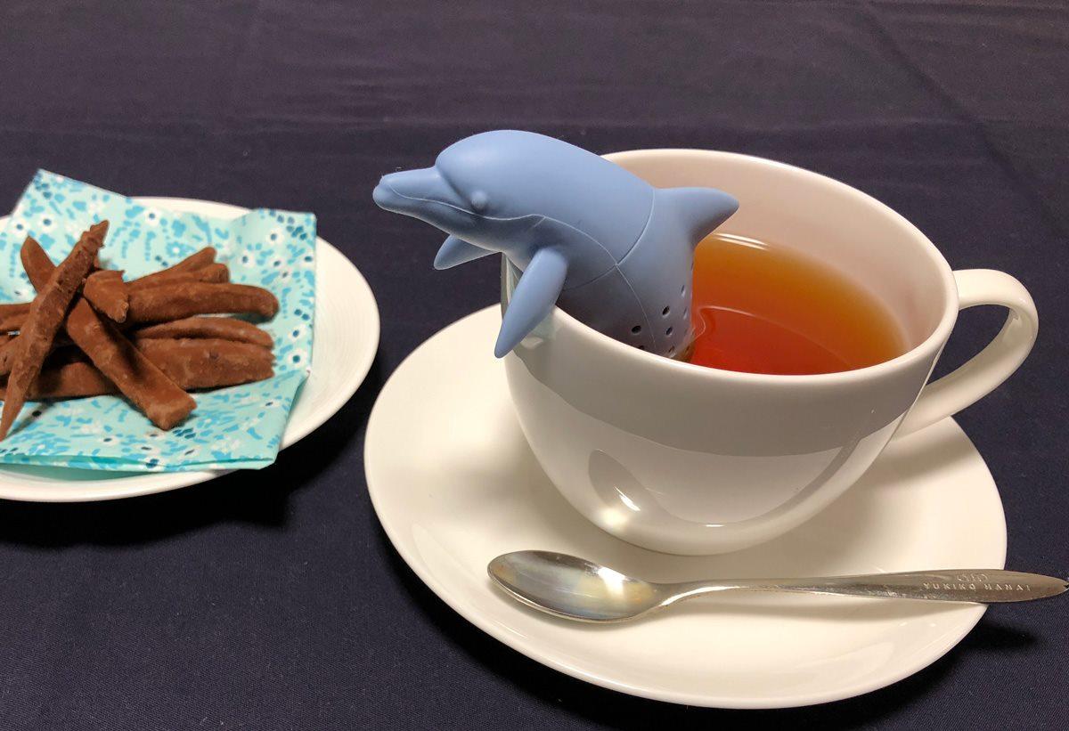 イルカの茶こし