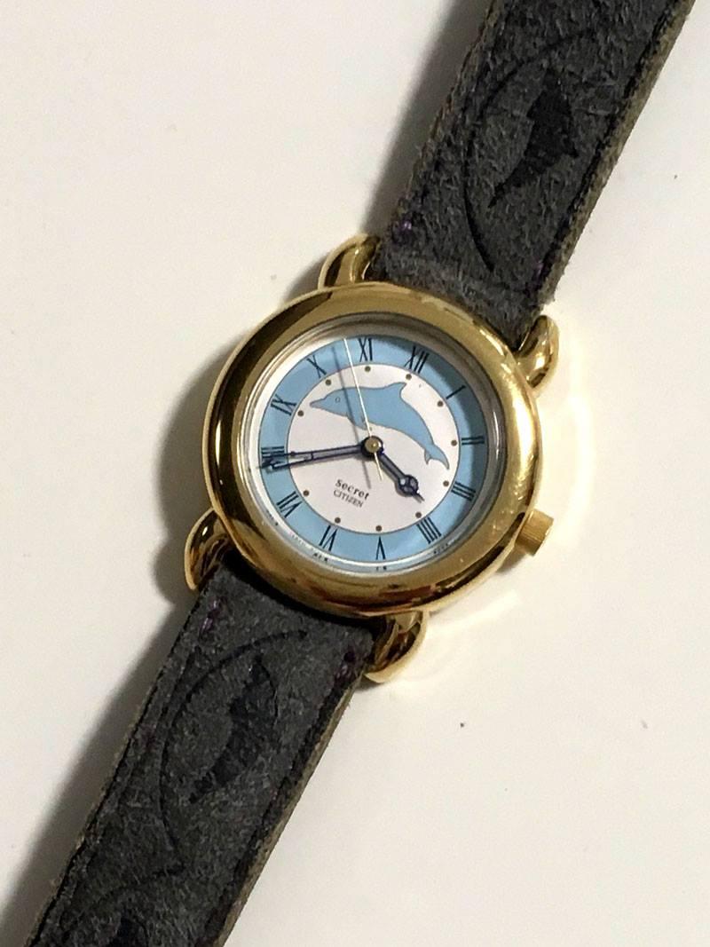 イルカの腕時計
